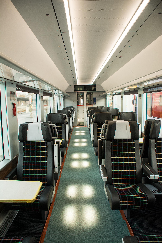 Details Rh 228 Tische Bahn Rhb
